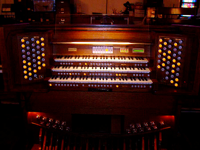 images/stories/HeaderImages/Frame1/Organ Pic .jpg
